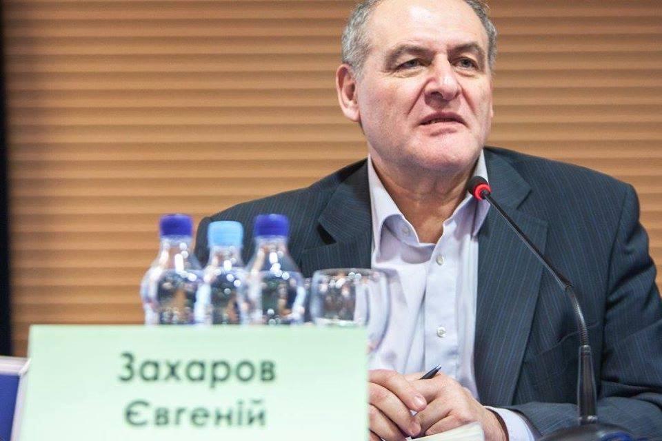 Евгений Захаров: «Единственно правильным решением было ввести чрезвычайное положение»