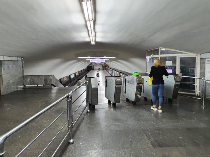 Без ажиотажа. В Харькове открылось метро (видео, фото)
