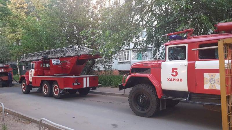 На проспект Тракторостроителей приехали пожарные