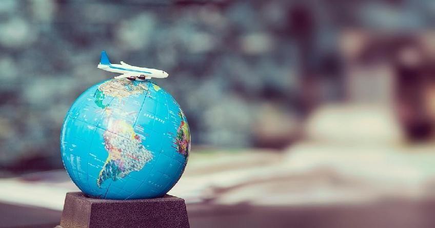 Европа открыла внутренние границы, Украина запустила авиасообщения. Как путешествовать после COVID-19
