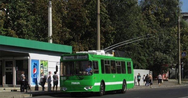 В Харькове временно отменяется движение троллейбусов №25 и 36