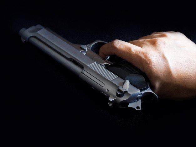 В больницу Харькова доставили двух мужчин с огнестрельными ранениями