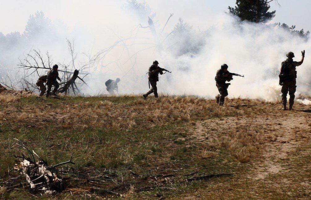 Первые дни 29-ого перемирия на Донбассе. ВСУ не отвечают на обстрелы, противник проводит ротацию