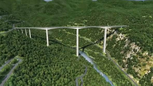 Мост высотой почти 200 метров: в Китае используют новые технологии (видео)