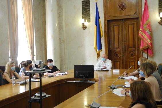 Для Харьковщины из госбюджета выделили 32 млн грн на жилье детям-сиротам