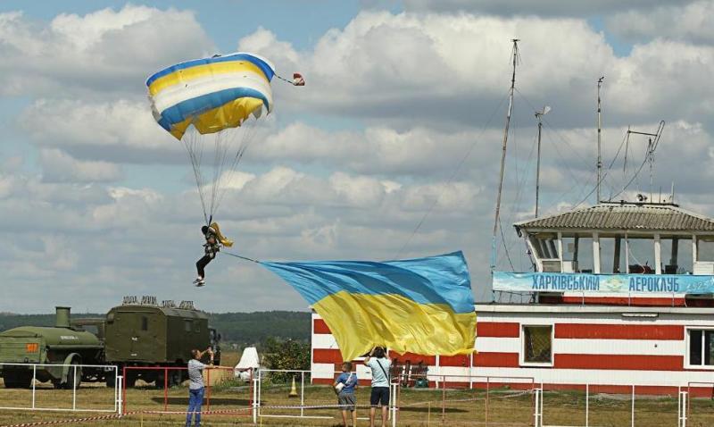 Старейший в Украине аэроклуб отмечает 95 годовщину основания