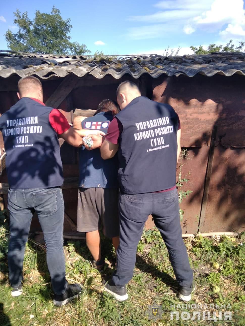 В Харьковской области задержали двух братьев, подозреваемых в убийстве (фото)