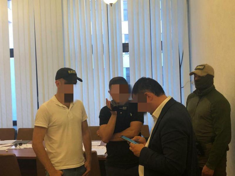 Должностному лицу Харьковской ОГА сообщено о подозрении (фото)