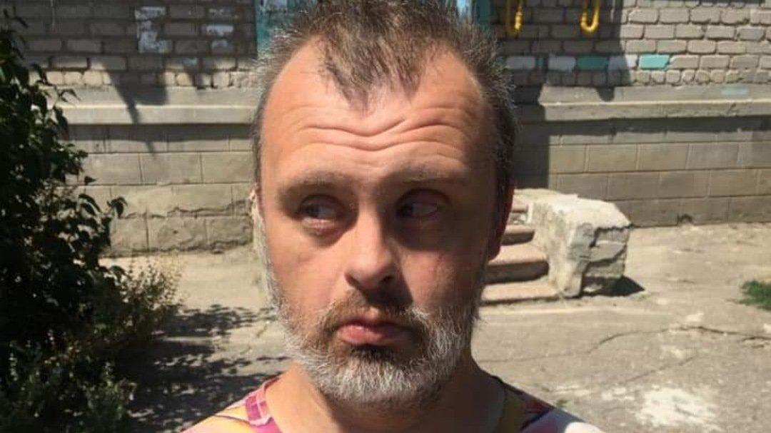 НаХарьковщине7 лет ищут родственников мужчины с синдромом Дауна (фото)