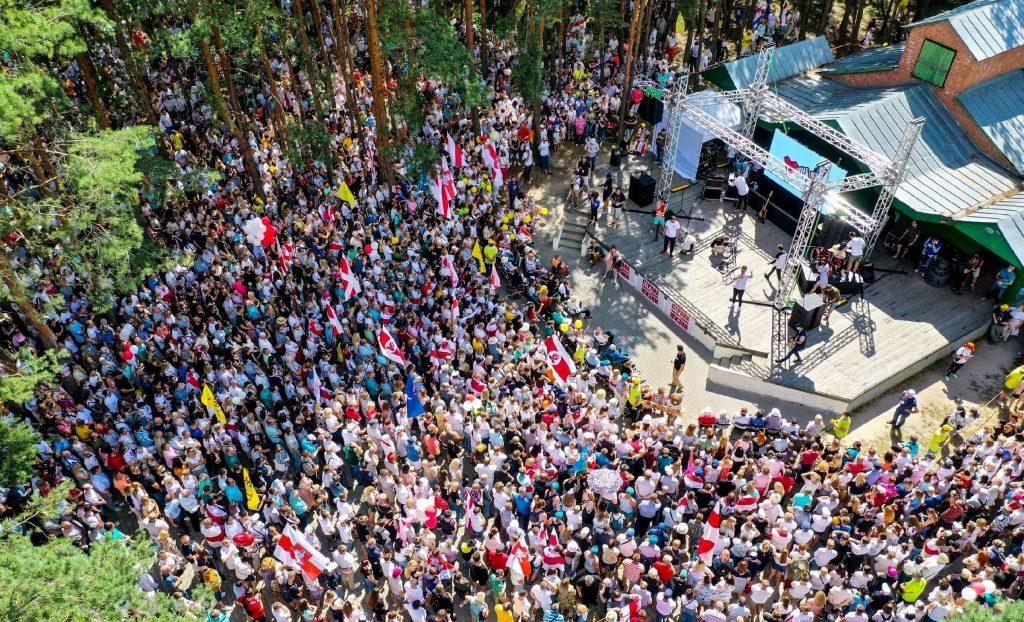 Выборы в Беларуси, или Почему задержали украинских журналистов в Минске?