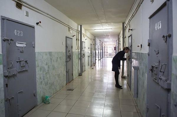 Растрата и нарушение прав заключенных: прокуратура проверила харьковские СИЗО