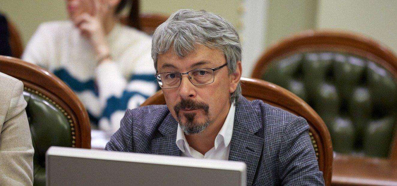 Штрафами продавщицам в Харькове и Одессе мы не убедим большинство учить украинский – министр Ткаченко