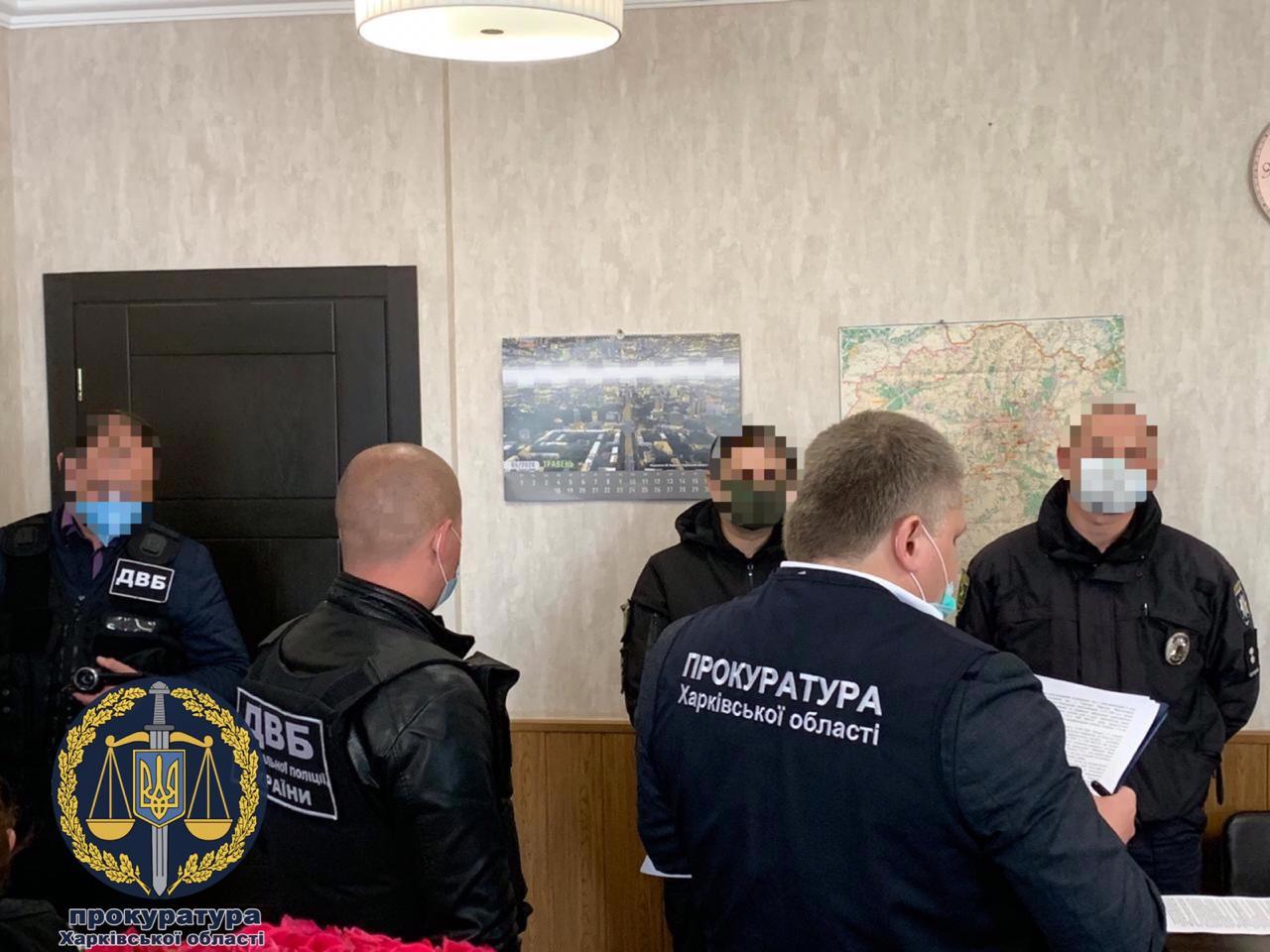 Двое патрульных и эвакуаторщик предстанут перед судом за кражу автомобиля в Харькове