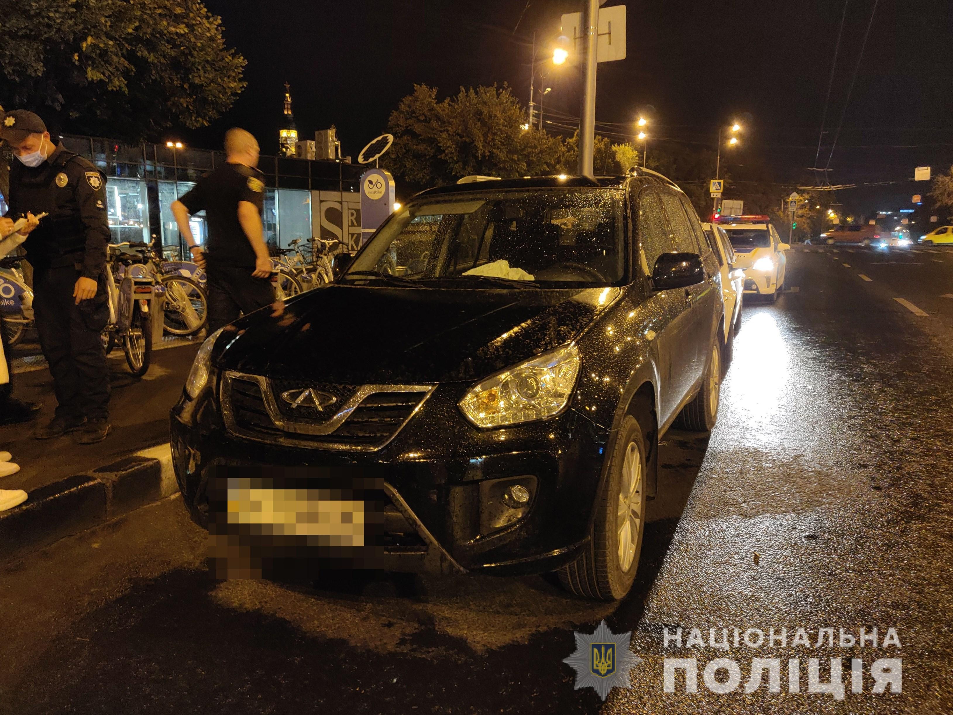 В Харькове мужчина угнал автомобиль (фото)