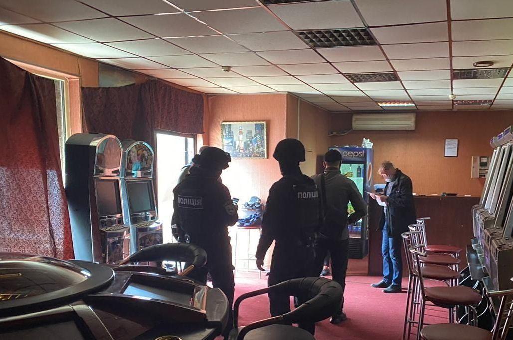 Организаторы нелегального казино в Харькове предстанут перед судом (фото)