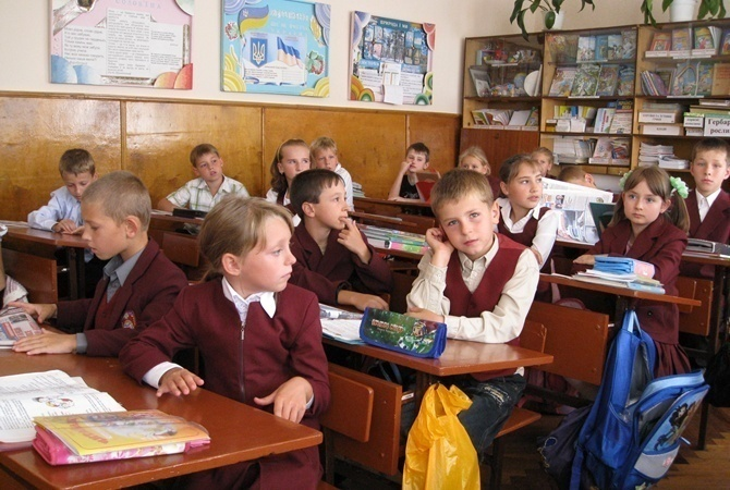 Обнародован рейтинг школ Харькова по результатам ВНО