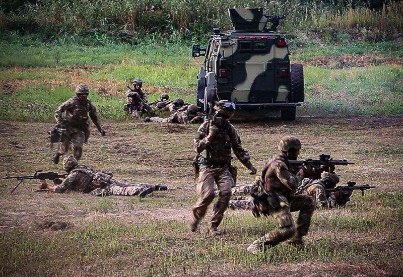 Спецназовцы Нацгвардии провели учения под Харьковом (видео, фото)