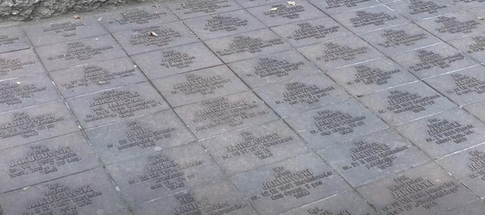 На Меморіалі жертвам тоталітаризму поляки і харків'яни поклали квіти (відео)