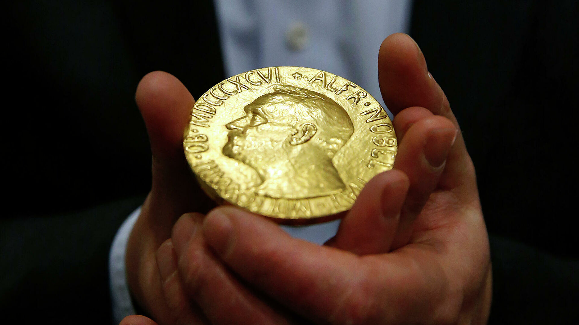 Из-за коронавируса отменили традиционное вручение Нобелевской премии