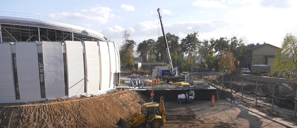 Частина тварин у Харківському зоопарку заселиться до нових будинків у грудні (відео)