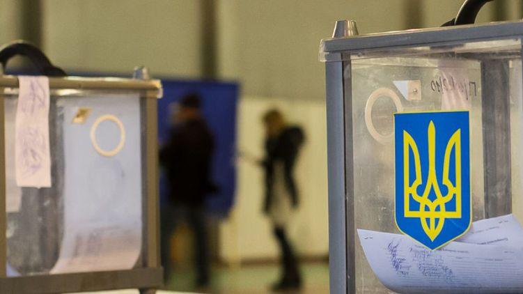 Кучер сворачивает свои агитационные шатры в Харькове