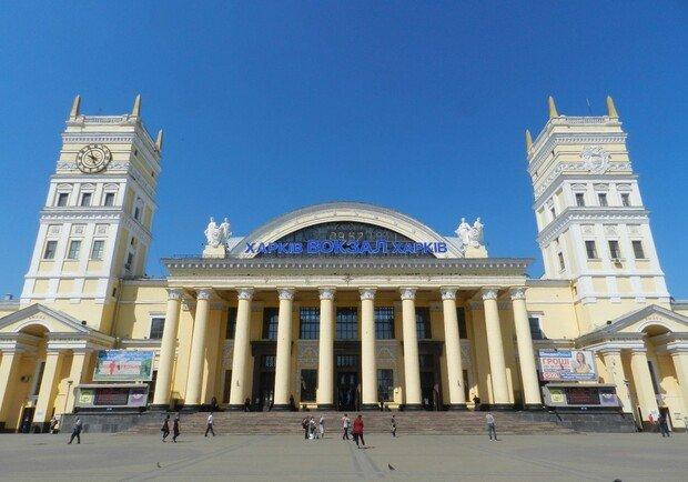 """В Харькове чиновника """"Укрзалізниці"""" обвиняют в краже более 23 тыс. литров топлива на общую сумму 411 тыс. грн"""