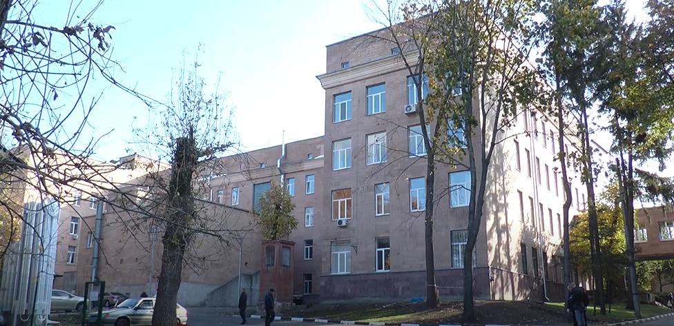У Харкові чоловік з COVID-19 скоїв самогубство: подробиці трагедії (відео)