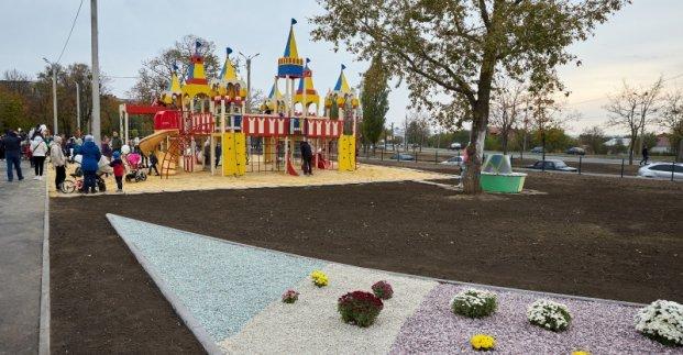 Огромную спортивно-игровую площадку открыли в Слободском районе Харькова