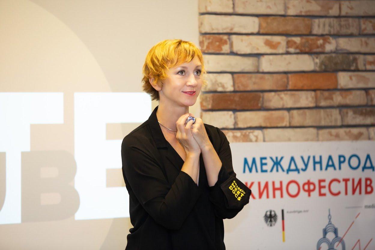 Українська актриса Римма Зюбіна розкриває секрети професії у рамках кінофестивалю Kharkiv MeetDocs (відео)