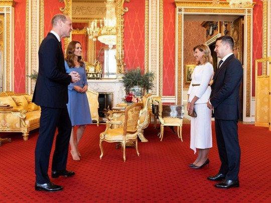Принц Уильям иКейт Миддлтон приняли во дворце президентскую чету Зеленских(фото)