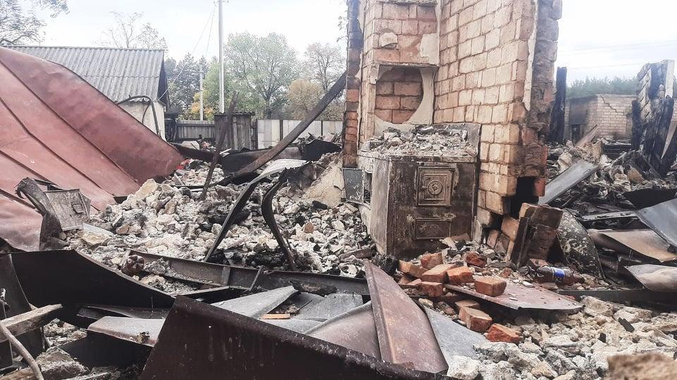 У Харків приїхала вимагати обіцяне житло від влади постраждала від пожеж у селі Гороб'ївка (відео)