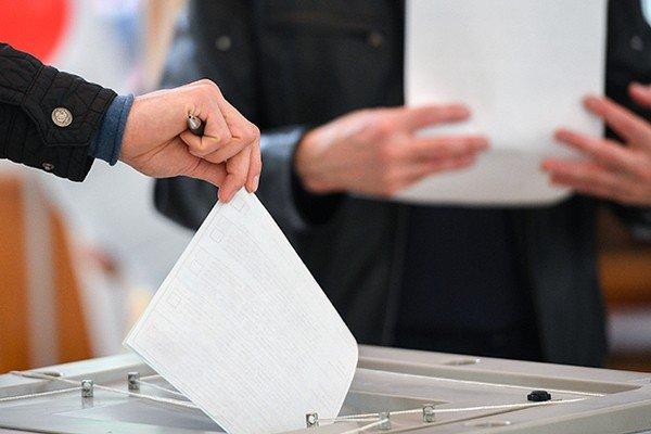 В Слободской район Харькова доставили недостающие бюллетени для местных выборов