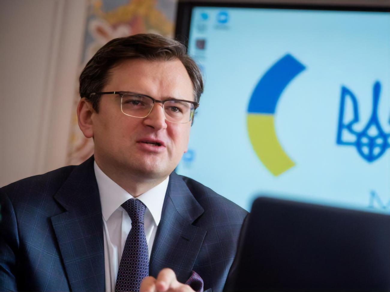 Наша позиция относительно Беларуси является с первого дня начала этого кризиса последовательной и четкой, — Кулеба
