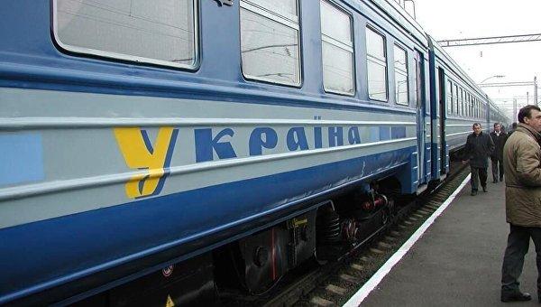 Харьковчанин покончил жизнь самоубийством, бросившись под поезд