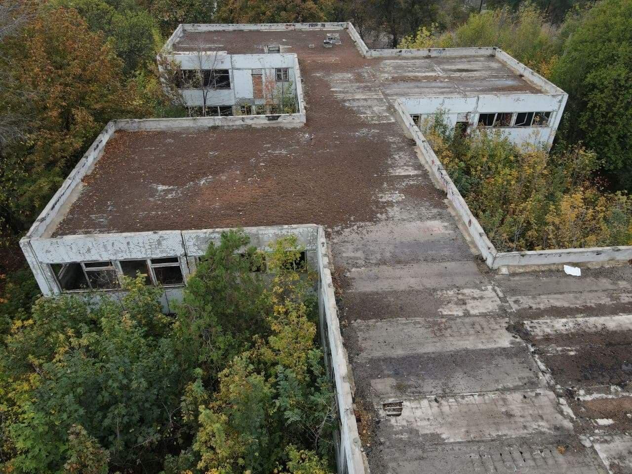 У Харкові покинуту будівлю хочуть перетворити на дитсадок (фото)