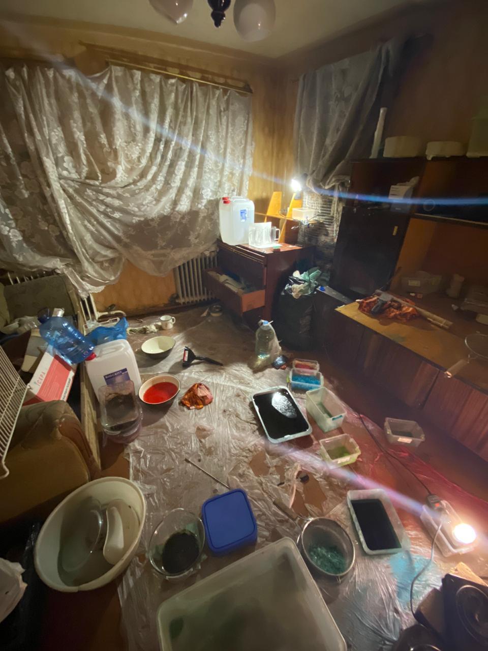 На Харьковщине выявлено незаконное производство психотропов