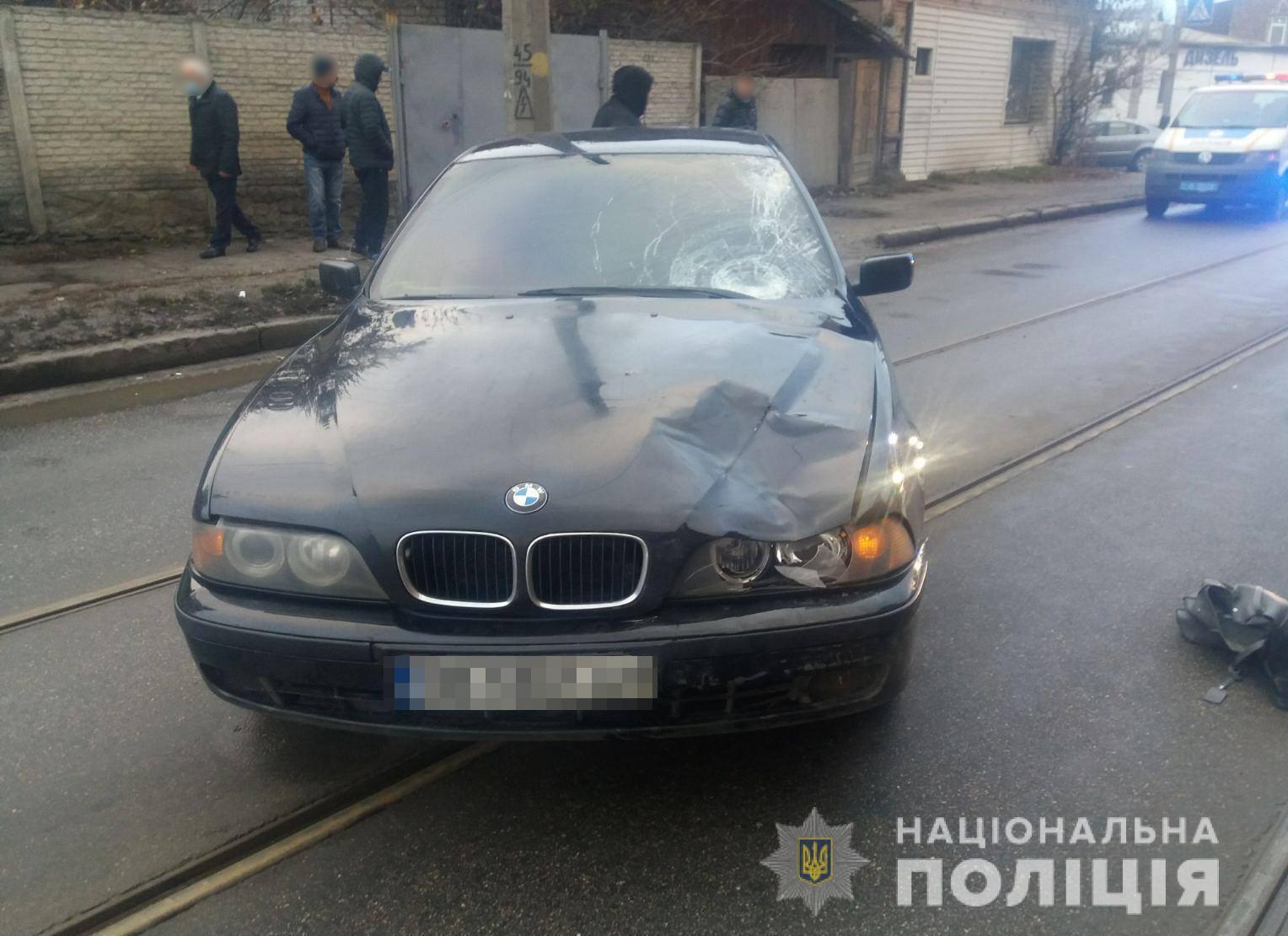 На Гольдберговской водитель BMW насмерть сбил на пешеходном переходе женщину (фото)