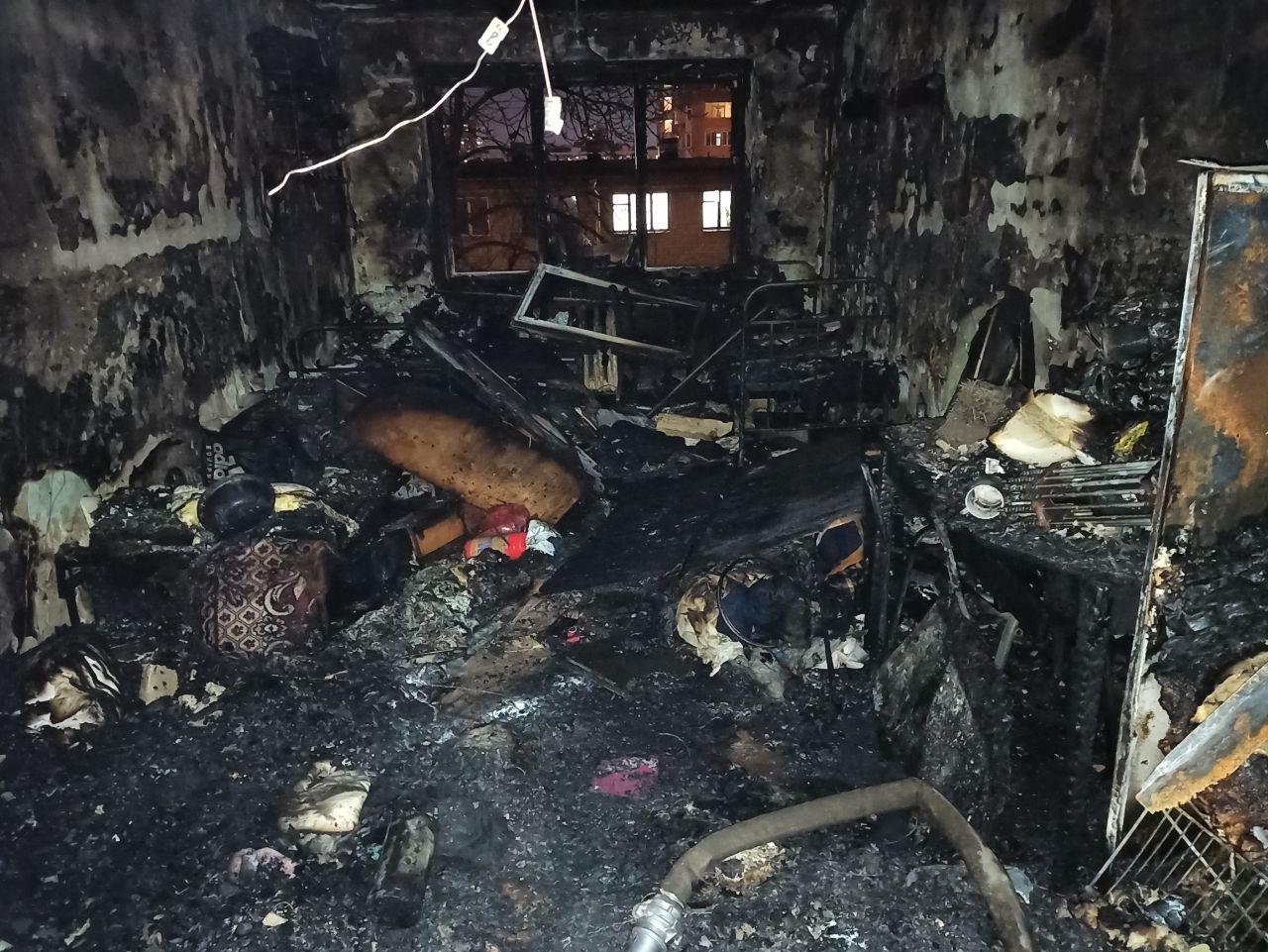 В Харькове горело общежитие медицинского университета (фото)