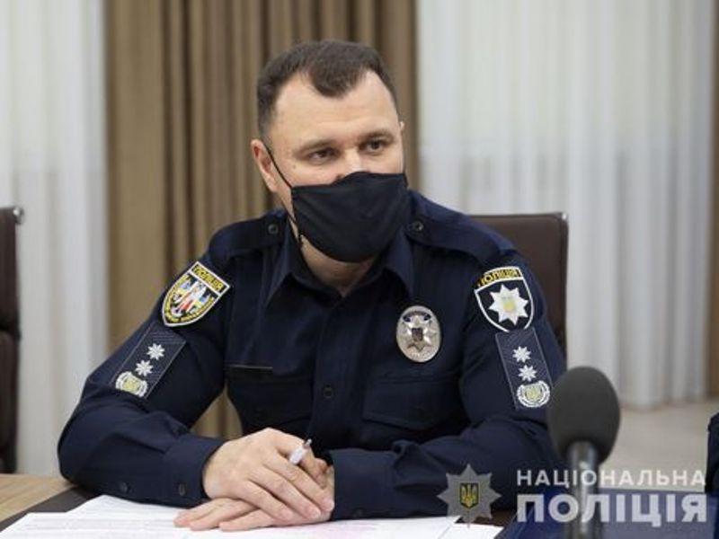 Полиция обещает не штрафовать за неношение маски без предупреждения