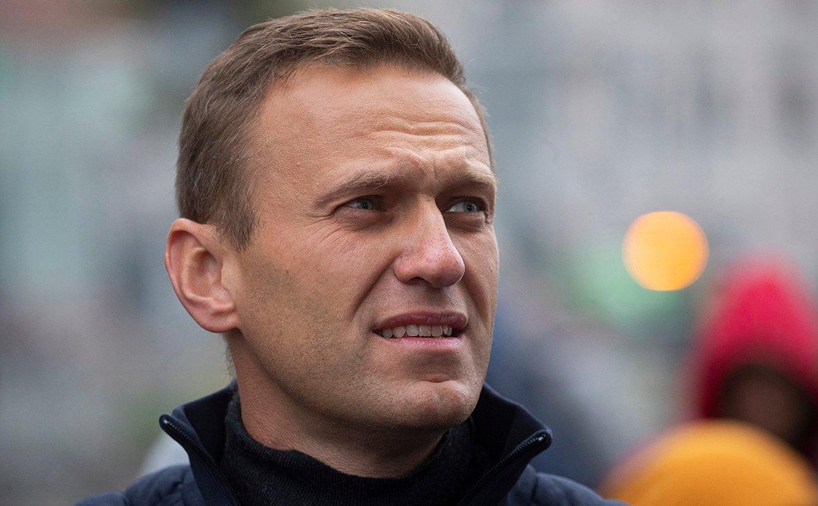Навальный заявил, что он не в тюрьме, а в космосе (фото)
