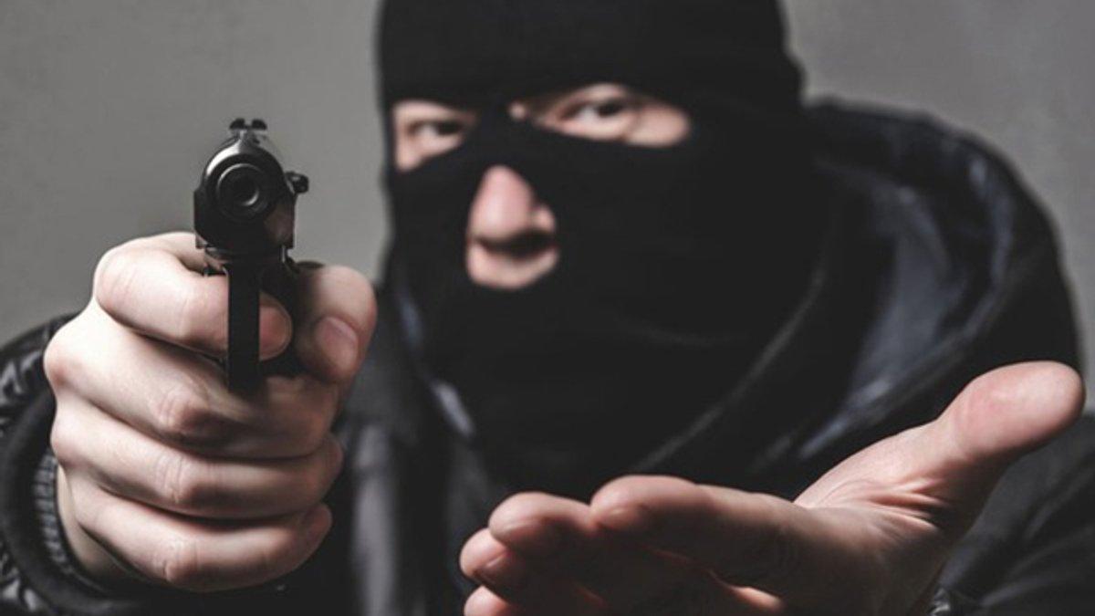В Харькове задержан подозреваемый в разбойном нападении на магазин