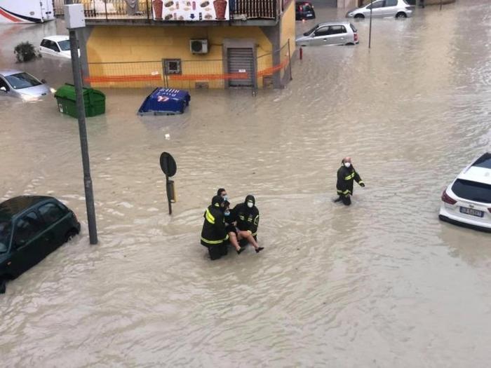 У двох італійських провінціях страшні повені