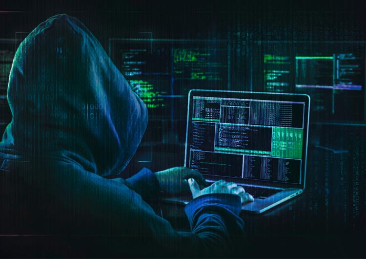 На Харьковщине будут судить членов двух преступных групп онлайн-мошенников
