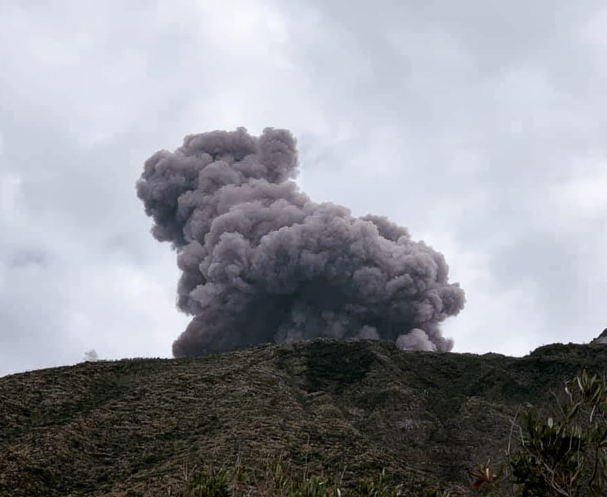 В Италии проснулся вулкан (видео, фото)