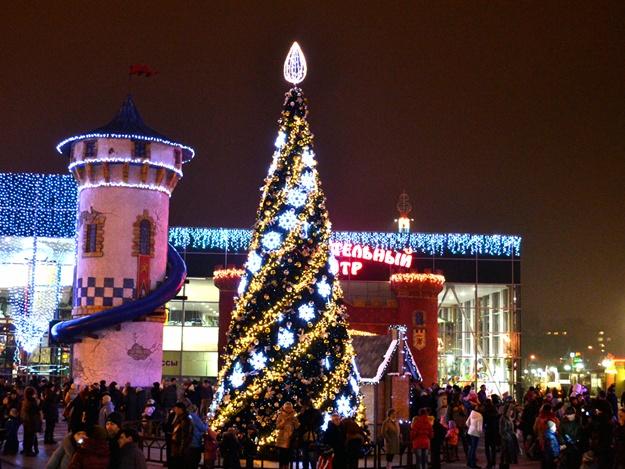 В парке Горького рассказали, будут ли устраивать новогодние гуляния