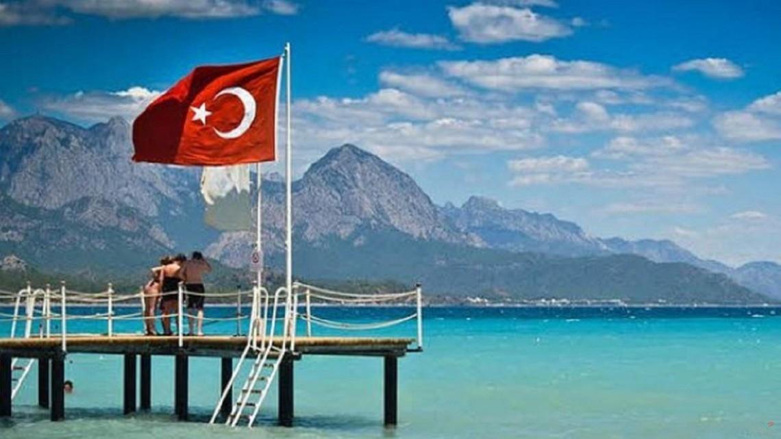 Несмотря на пандемию, Турцию посетили миллион украинцев