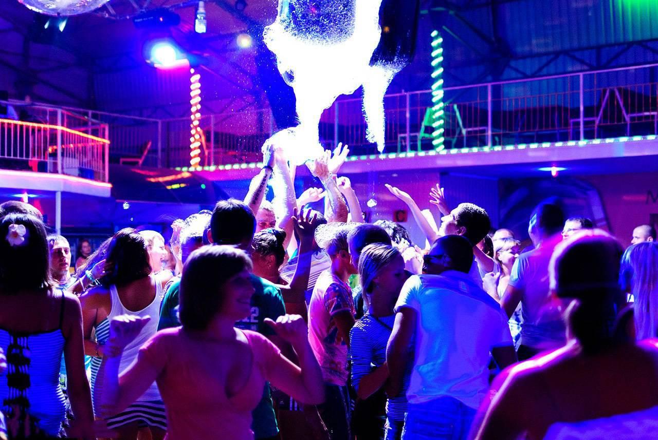 Ночной клуб тв в прямом эфире ночные клубы в барнауле вакансии