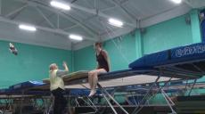 Харків'яни тричі виграли змагання зі стрибків на батуті (відео)