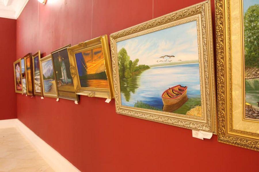 В Харьковской филармонии открыта выставка художника-чернобыльца