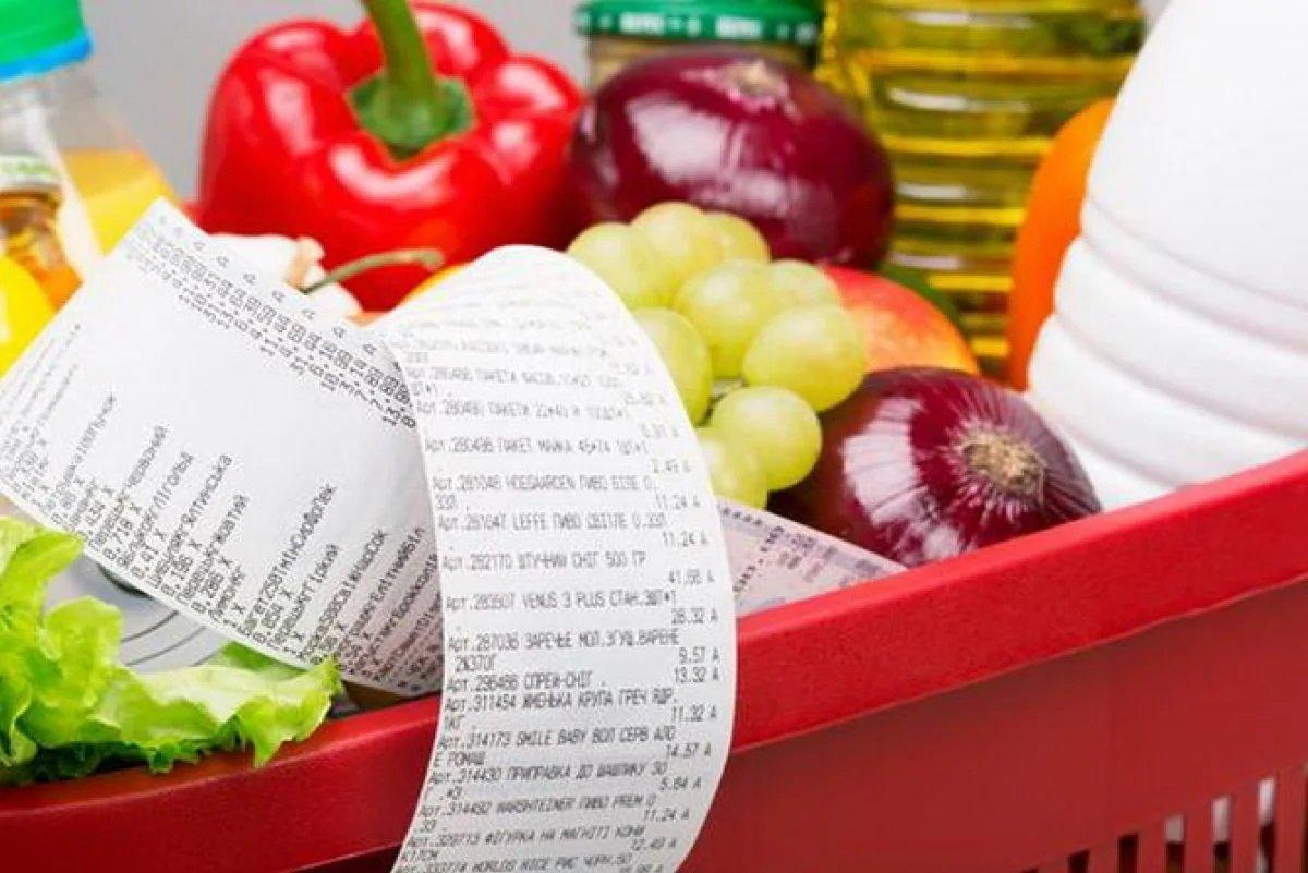 Больше 40% доходов украинцев уходит на продукты питания